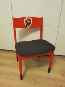 Miss Pompompom's Jupiler chair